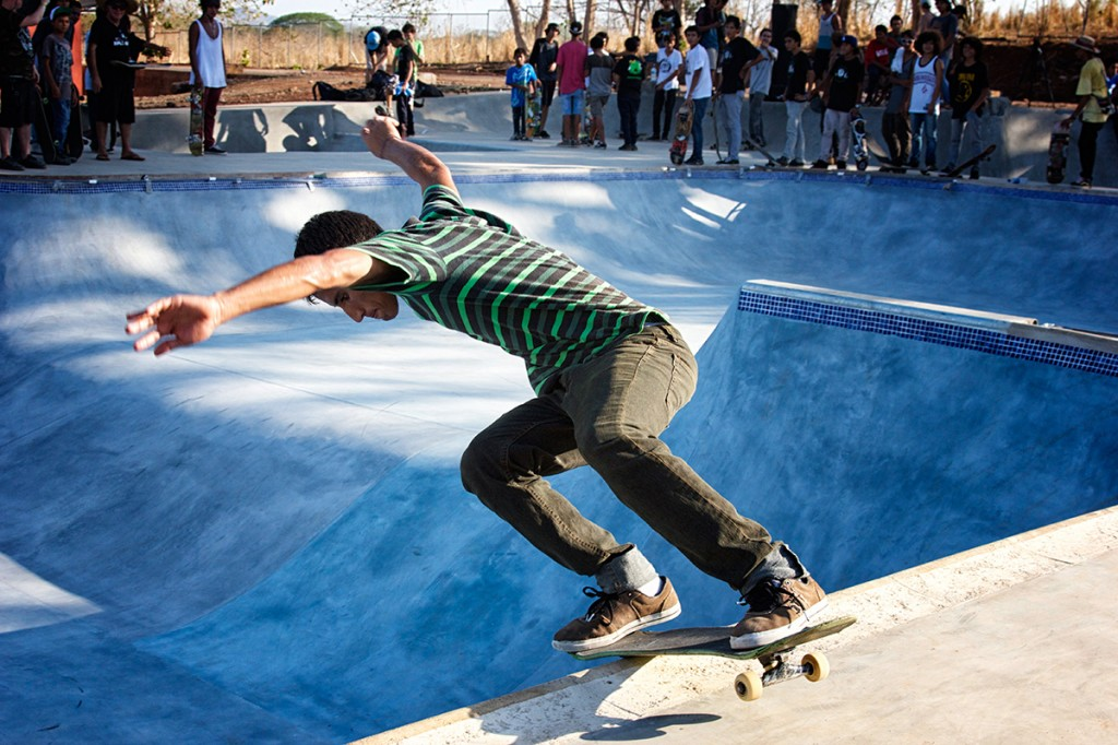 "Grinding the new pool: Students enjoy the first skate park in a public high school in Central America. Photo: Suzanna Lourie - The Tico Times<span style=""font-size: 13px; line-height: 25px;""></span>"